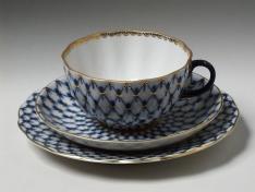 """Комплект чайный (3 пр.), тв.ф. тюльпан """"Кобальтовая сетка""""."""