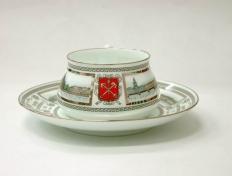 """Чашка с блюдцем чайная, кост.ф. Билибина """"Набережные Невы""""."""