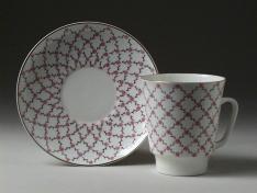 """Чашка с блюдцем, кост.ф. майская """"Розовая сетка""""."""
