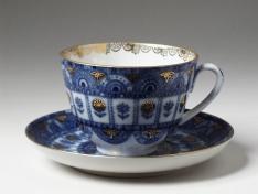 """Чашка с блюдцем чайная, тв.ф. весенняя """"Арочки""""."""