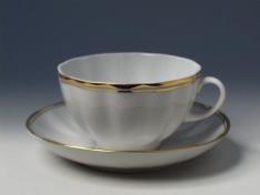 """Чашка с блюдцем чайная, тв.ф. тюльпан """"Белоснежка""""."""
