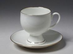 """Чашка с блюдцем чайная, тв.ф. класс. """"Золотой кантик""""."""