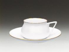 """Чашка с блюдцем чайная, кост.ф. Билибина """"Золотой кантик""""."""