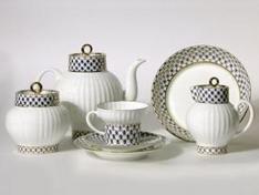 """Сервиз чайный, форма волна, кост.ф., 6/20, """"Кобальтовая сетка""""."""