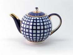 """Чайник заварной, форма тюльпан, 600 мл. """"Кобальтовая клетка""""."""