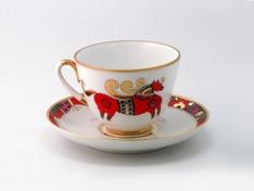 """Чашка с блюдцем чайная, тв.ф. весенняя """"Красный конь""""."""