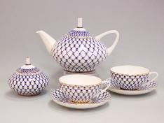 """Чашка с блюдцем чайная, кост.ф. купольная """"Кобальтовая сетка""""."""