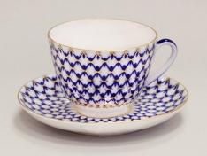 """Чашка с блюдцем чайная, тв.ф. весенняя """"Кобальтовая сетка""""."""